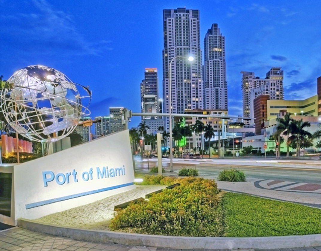 Yacht Club Apartments - Miami, FL - Port of Miami