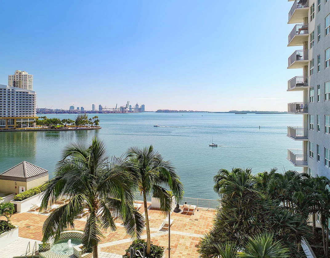 Yacht Club Apartments - Miami, FL - Ocean View