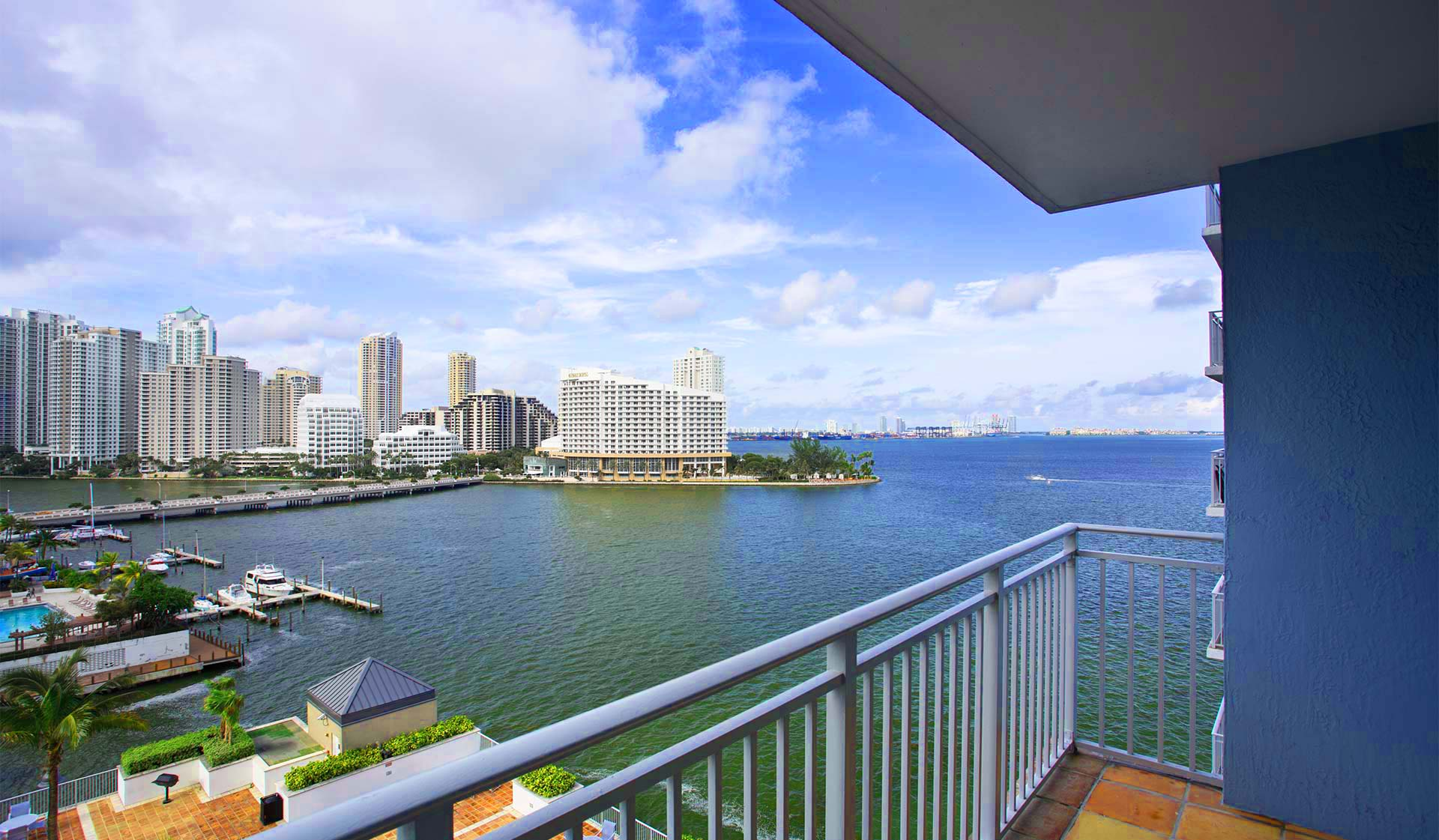 Yacht Club Apartments - Miami, FL - Deck View